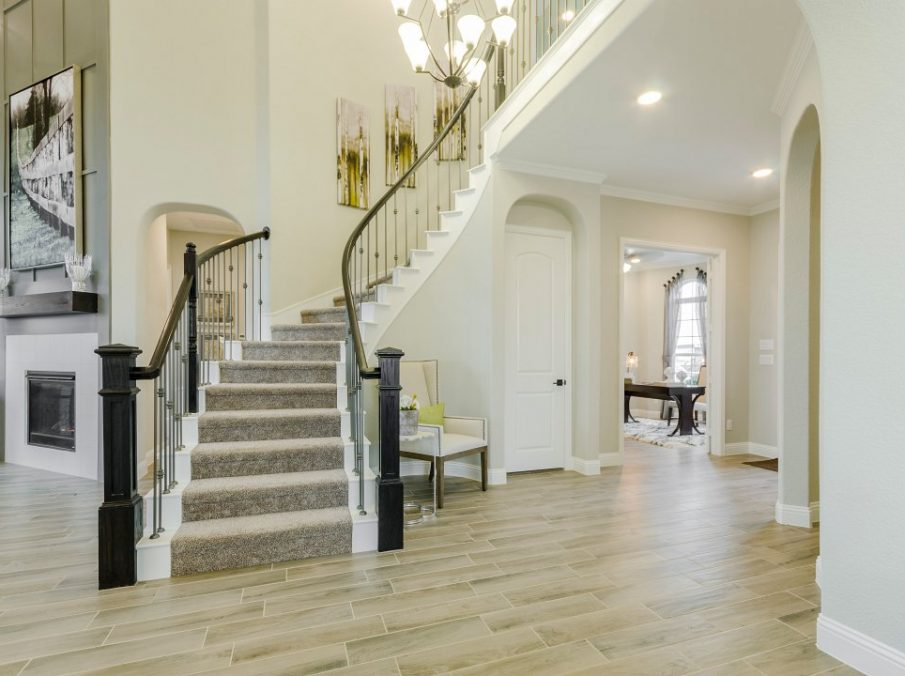 Landon Homes new home builder 432 Carrington Staircase