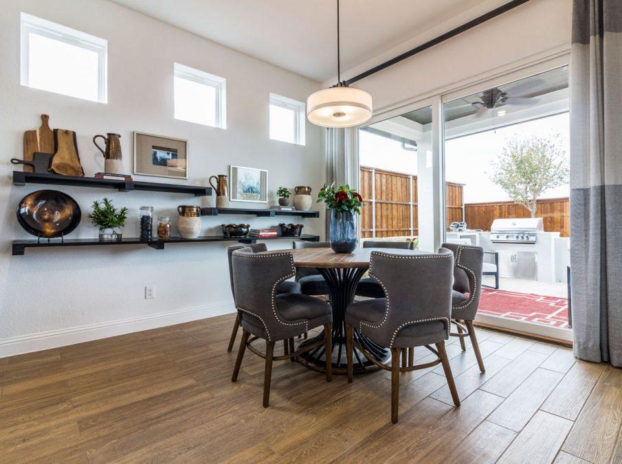 Landon Homes 675 Newbridge Breakfast Nook and Extended Storage
