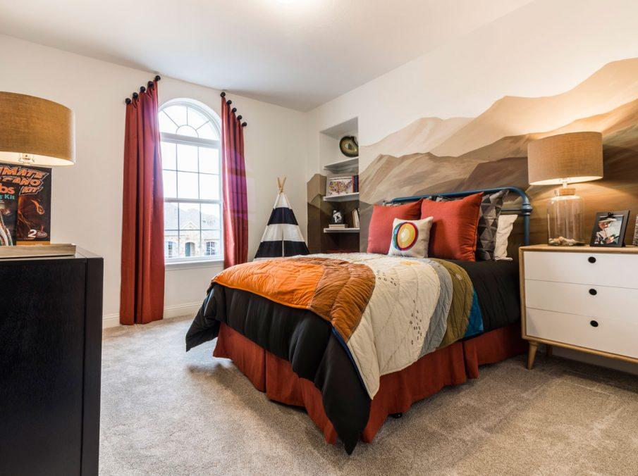 Landon Homes 675 Newbridge Decorated Bedroom with Carpeting